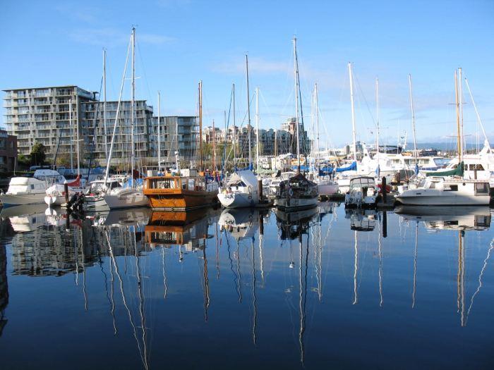 Symmetry-boats
