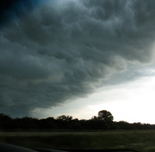 Outrunning thunderstorm in Iowa