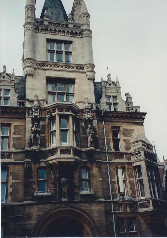 "Gonville & Caius College (pronounced ""keys"")"
