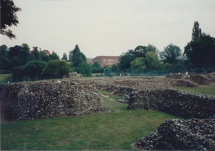 Abbey wall ruins, Bury St. Edmunds
