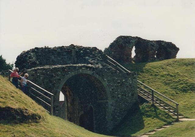 Gatehouse, Castle Acre