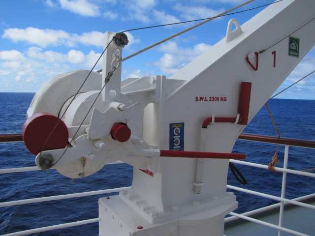 LifeboatLift0718