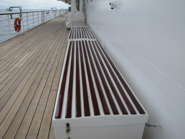Locker-port side