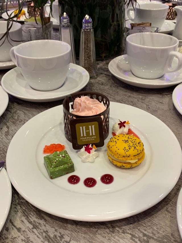 DessertSpotsDots