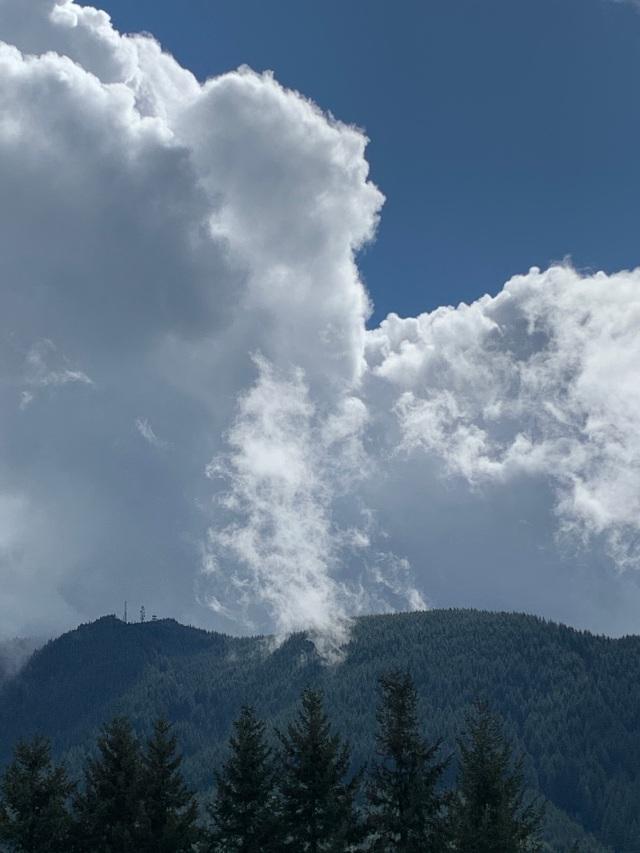 hill-clouds