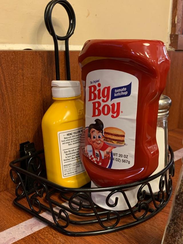 6-BigBoyCondiments